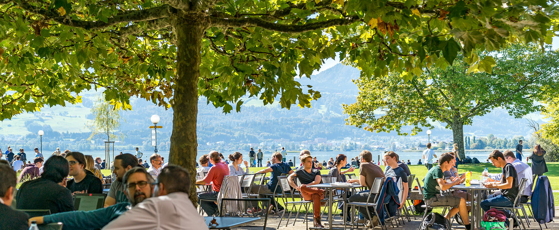 [Translate to English:] Der Mensagarten am Campus Rapperswil